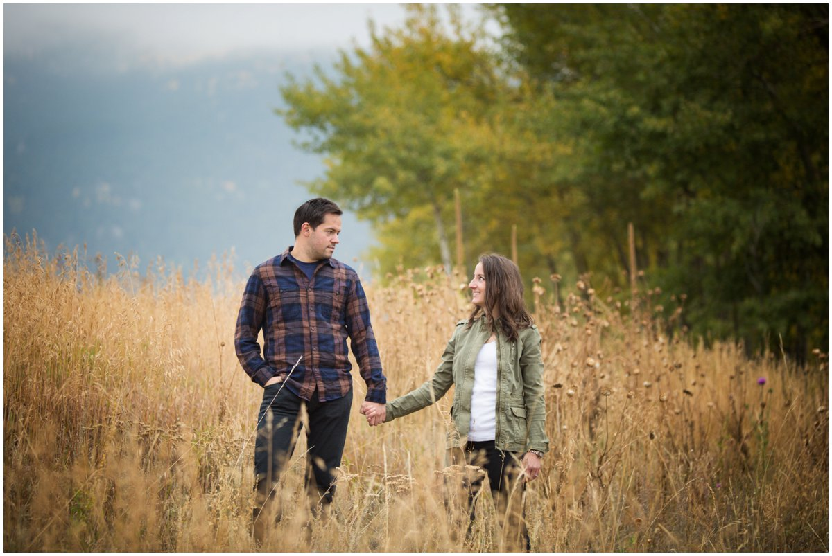 fall-aspen-tree-engagement-shoot-colorado-mountain-408B8340-Edit_BLOG
