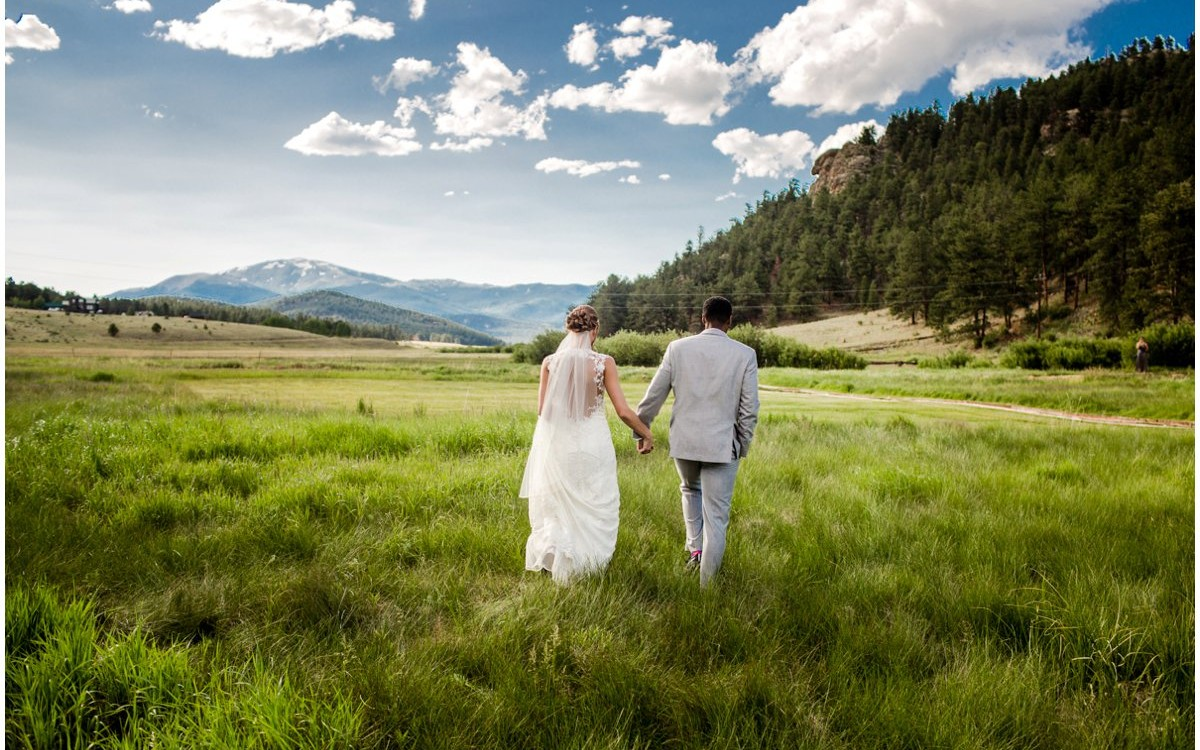 Deer Creek Valley Ranch Wedding Photos | Alli + DJ